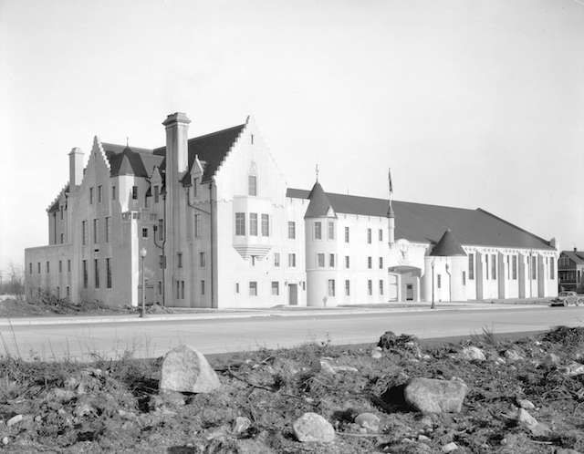 seafortharmoury-burrard-archives